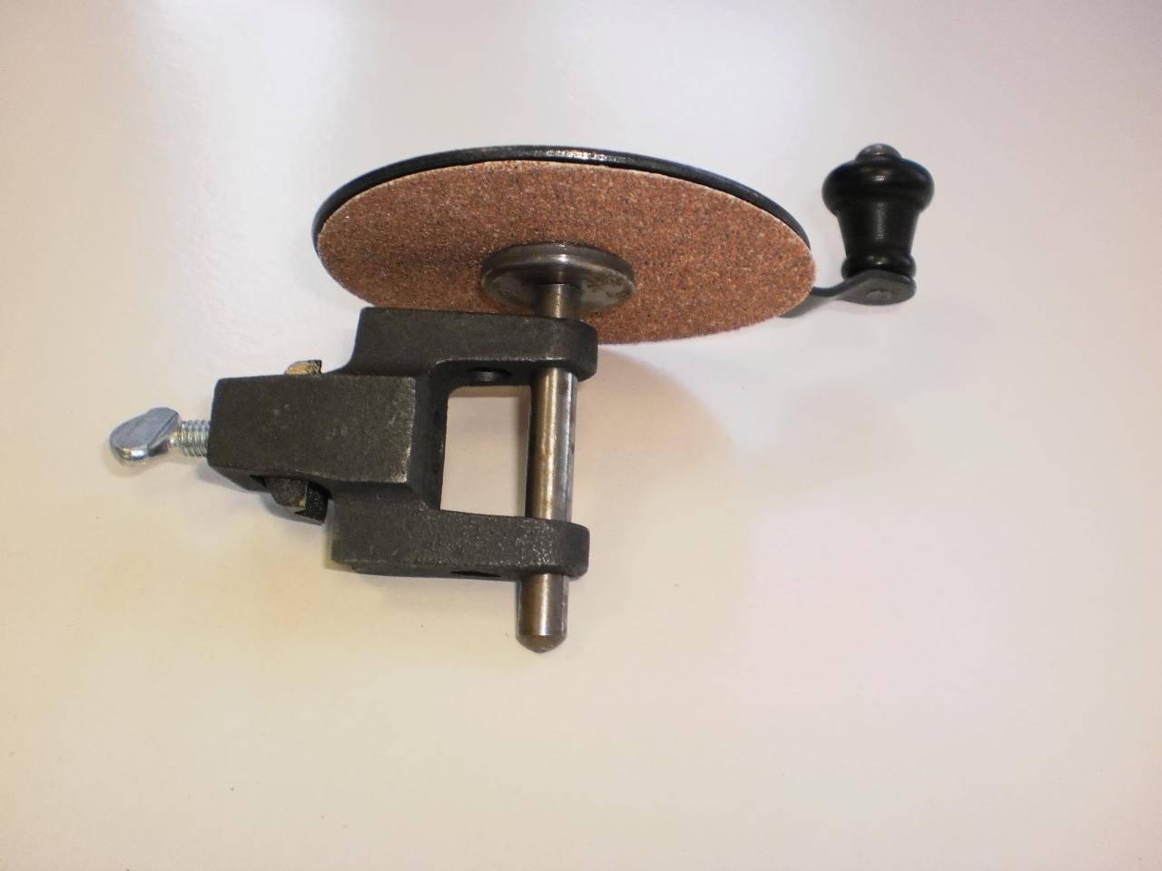 Машинка за обработка на върхове